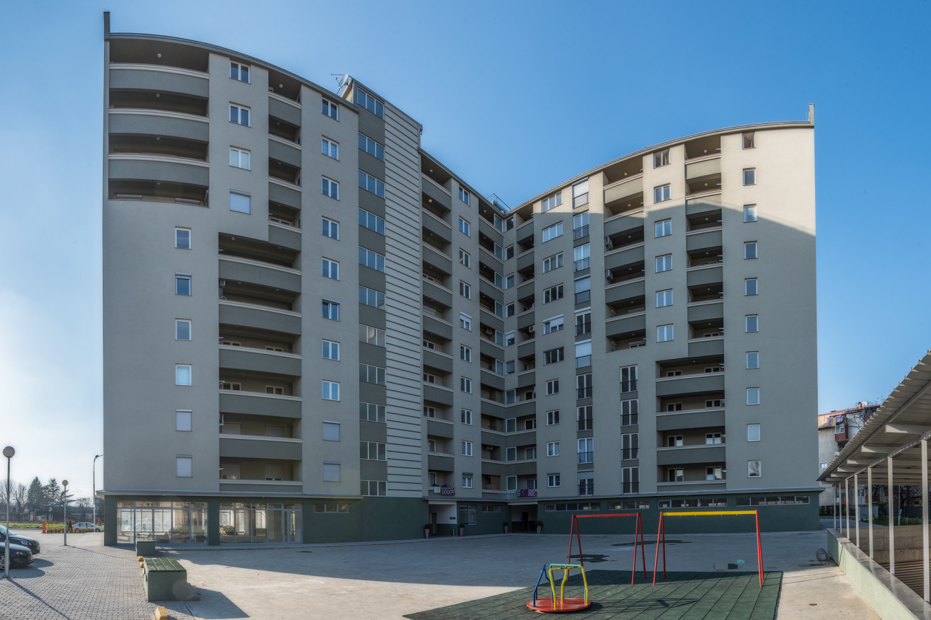 Residential building with retail space in Butel - SMS